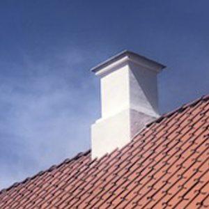 Rensning, filsning og maling af ti skorstene i ejerforening